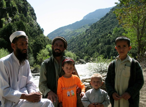 Nuristani family near Kunar river at Kam Desh