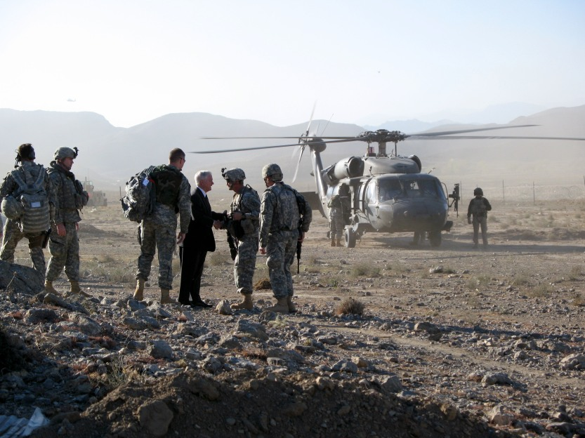 Robert Gates thanking troops in Khost Province, 2007