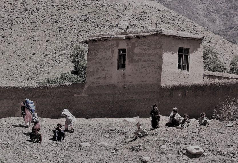 Nuristan embed, Apr 07 137 (3)