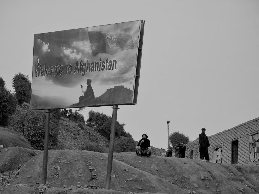 Khost-Paktika embed Dec 07 082 (2)